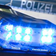 In Würzburg hat ein Mann mehrere Menschen attackiert.