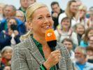 """Andrea Kiewel ist die Institution im """"ZDF-Fernsehgarten"""" schlechthin. (Foto)"""