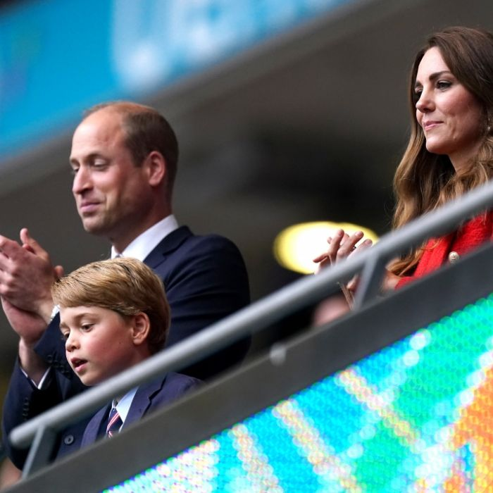 Royaler Glücksbringer! Herzogin Kates Sohn flogen alle Herzen zu (Foto)