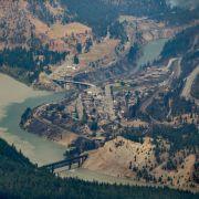 Feuerwalze frisst sich durch ganze Region! Kompletter Ort zerstört (Foto)