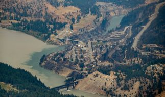 In Kanada hat ein Waldbrand ein komplettes Dorf zerstört. (Foto)