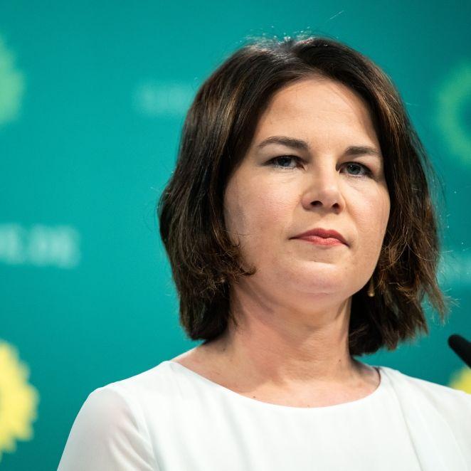 Umfragewerte im Sinkflug! Rücktritt als Kanzlerkandidatin? (Foto)