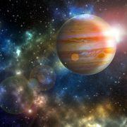 Glücksbringer im Rückwärtsgang! DAS bringt der retrograde Jupiter (Foto)