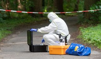 Im Stadtwald Eilenriede in Hannover ist die Leiche eines stadtbekannten Obdachlosen entdeckt worden - der Mann wurde offenbar mit Messerstichen getötet. (Foto)