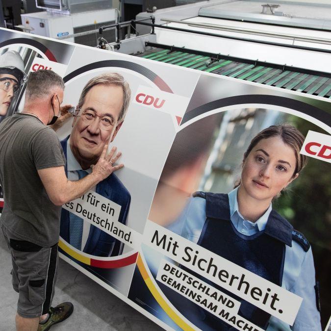 """""""Deutsche über den Tisch ziehen und töten!"""" CDU-Wahlplakate schocken das Netz (Foto)"""