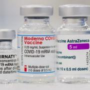 War's das mit meinem Urlaub? DIESE Länder erkennen Kreuz-Impfungen nicht an (Foto)