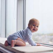 Bruder (13) wirft Neugeborenes aus Fenster - tot (Foto)