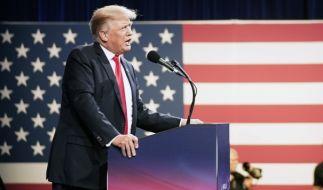 Donald Trump hat bei der CPAC wieder ordentlich gegen Joe Biden geledert. (Foto)