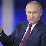 Kreml-Chef in Kriegsbereitschaft! Warnschüsse auf die britische Marine (Foto)