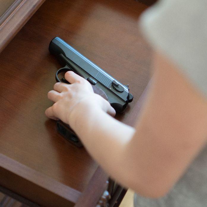 Junge (4) schießt sich selbst in den Kopf - tot (Foto)