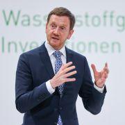 """""""Weil paar Spinner rumheulen wie Babys?"""" Twitter zerpflückt Sachsen-Entscheidung (Foto)"""