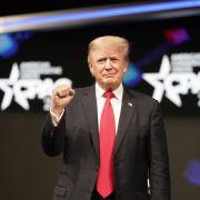 """Trump bezeichnet Kapitol-Mob als """"liebevolle Menschenmenge"""" (Foto)"""