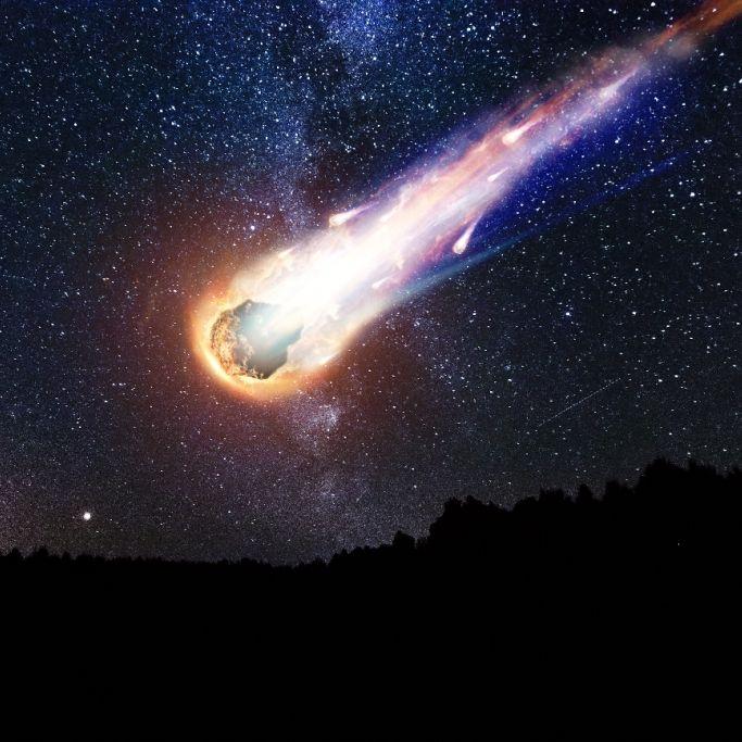 Riesiger Feuerball am Nachthimmel! Astro-Brocken über Norwegen (Foto)