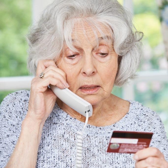 Abzocke-Welle am Telefon! SO erkennen Sie Trickbetrüger (Foto)