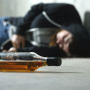 Mädchen (15) für Vergewaltigung mit Alkohol und Drogen betäubt (Foto)