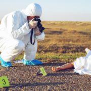 Nackte Männerleiche am Strand entdeckt - Todesumstände unklar (Foto)