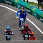 Crash im Viertelfinale! Japanerin stürzt mit BMX in Tokio schwer (Foto)