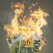 Die Inflation verbrennt das Geld der Verbraucher. (Foto)