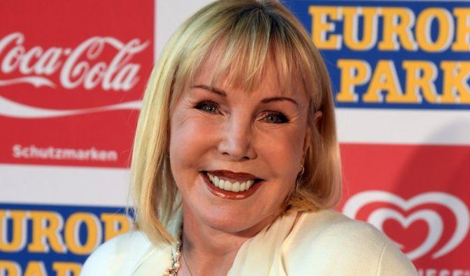 Ex-Lottofee Heike Maurer hat auch nach mehreren Liebespleiten das Lachen nicht verlernt. (Foto)