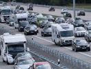 Zum Ende der Sommerferien staut es sich auf deutschen Autobahnen vermehrt, wie die ADAC-Stauprognose warnt. (Foto)
