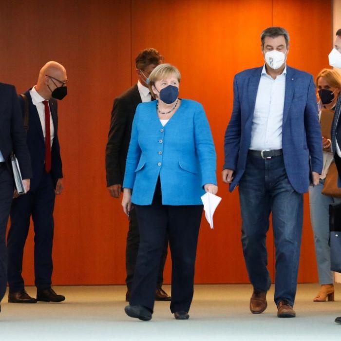 Neue Knallhart-Regeln? DAS hat Angela Merkel beschlossen (Foto)