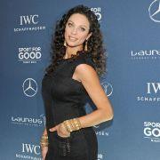 Lilly Becker sorgt mit Endlos-Beinen für Fan-Beifall. (Foto)