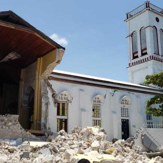 Mehr als 300 Tote! Weitere Opfer befürchtet (Foto)
