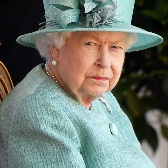 Corona-Schock im Sommerurlaub! Ist die Königin in Gefahr? (Foto)