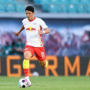Leipzigs Spieler Hee-chan Hwang will angeblich nach England wechseln.