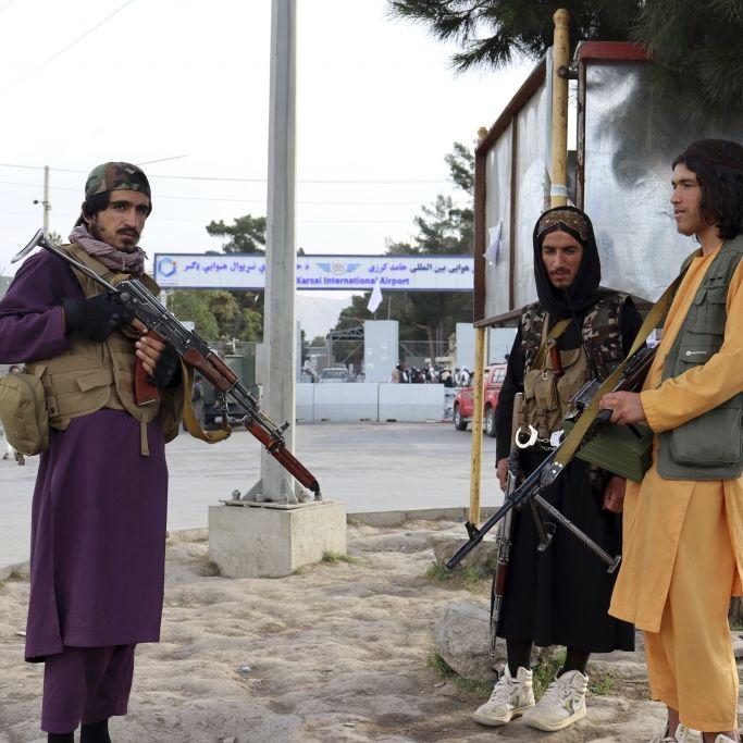 Taliban vergewaltigen und verprügeln Homosexuellen (Foto)