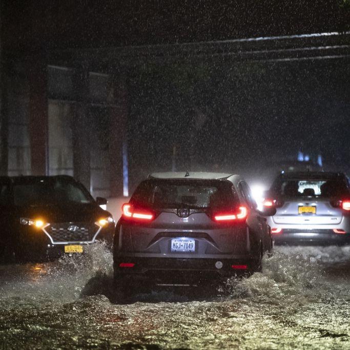 Mindestens 7 Tote, Straßen komplett geflutet! Horror-Videos aus New York (Foto)