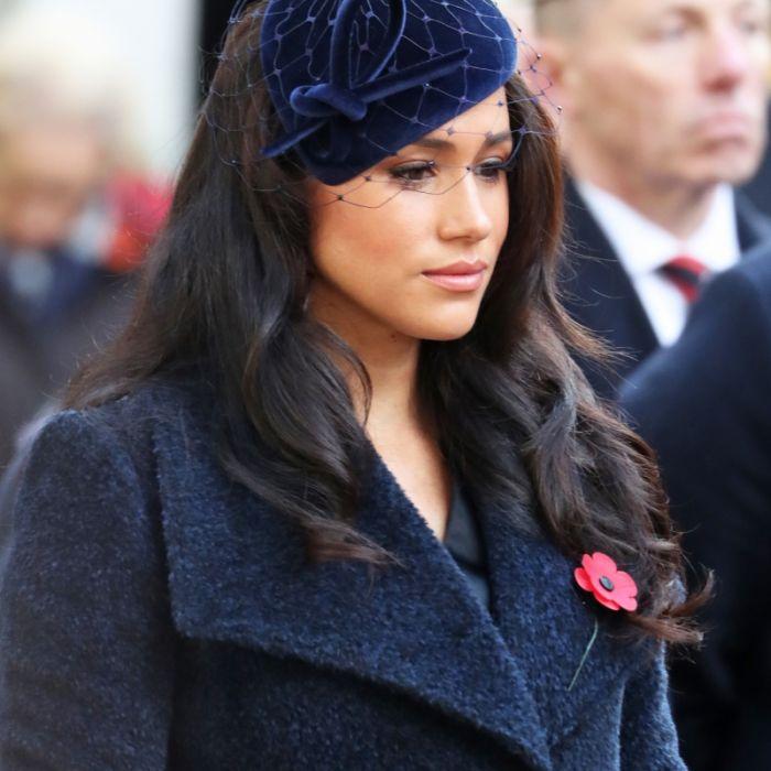 Arm in Arm mit einer anderen! Herzogin Meghan tobt wegen DIESES Fotos (Foto)