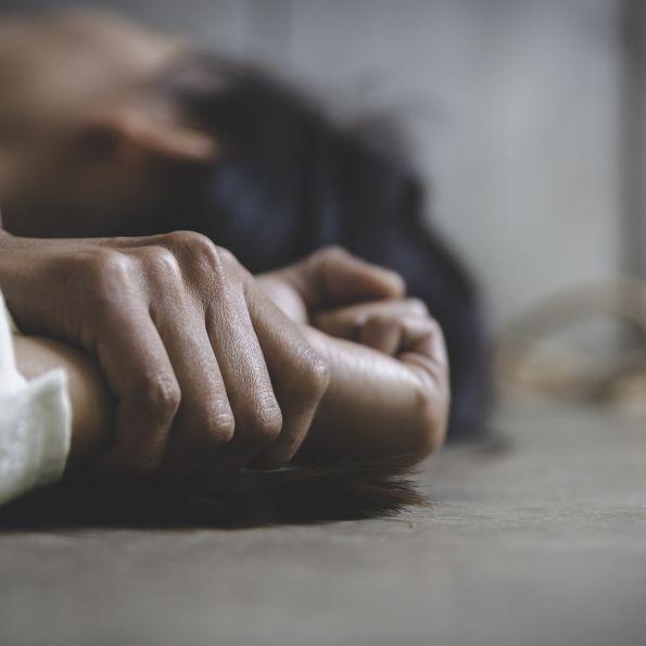 30-Jähriger entführt Frau in Auto und missbraucht sie in Seitenstraße (Foto)