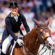 """Isabell Werth und ihr """"Traumpferd"""" Bella Rose wollten beim CHIO 2021 in Aachen ihre Abschiedsvorstellung geben, doch ein medizinischer Notfalls durchkreuzte die Pläne. (Foto)"""