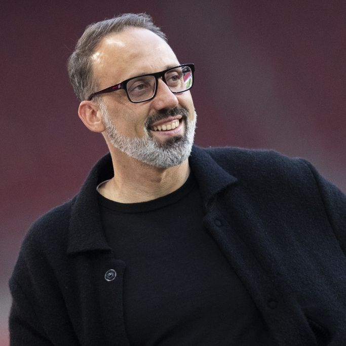Familie, Herkunft, Vereine als Spieler - So lebt der Stuttgart-Trainer (Foto)