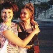 Wie tickt Schauspielerin Nina Siewert (l) privat? (Foto)