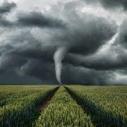 Im Mittelmeer könnte es zu Unwettern mit Tornado-Alarm kommen. (Foto)