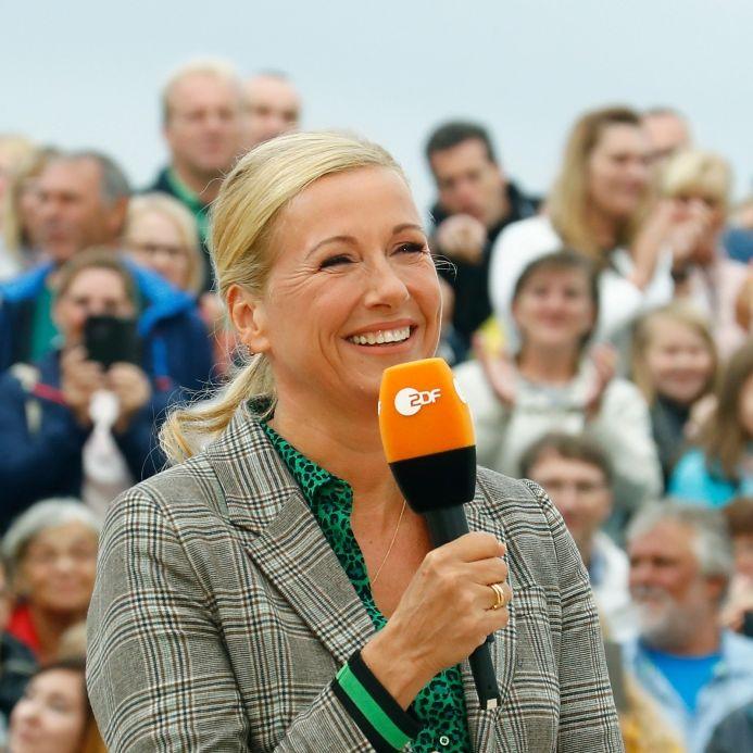 """Am 19. September brachten Andrea Kiewel und ihre Gäste im """"ZDF Fernsehgarten"""" auf die Palme. (Foto)"""