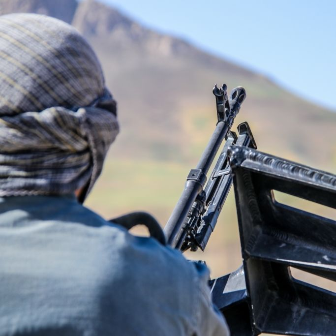Islamisten ketten Mann an und peitschen ihn fast zu Tode (Foto)