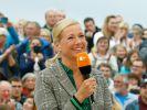 """Andrea Kiewel servierte zur """"ZDF Fernsehgarten""""-Zugabe tote Oma und sorgte in Lutherstadt Wittenberg für Erdbeben-Alarm. (Foto)"""