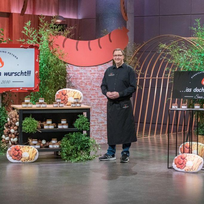 Gründer Marco Peters schwört auf seine Currywurst im Glas. (Foto)