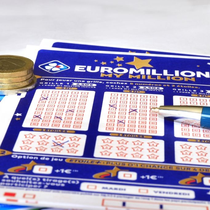 In der Lotterie EuroMillions winkt am 15.10.2021 ein sagenhafter XXL-Jackpot mit 220 Millionen Euro. (Foto)