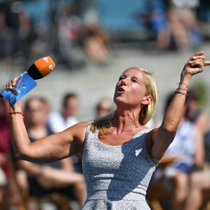 """Andrea Kiewel macht Schluss: Zum krönenden Abschluss der """"ZDF Fernsehgarten""""-Saison im Sommer 2021 sagt Kiwi im zweiten """"ZDF Fernsehgarten on tour"""" aus Lutherstadt Wittenberg auf Wiedersehen. (Foto)"""