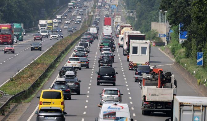 Auf welchen Autobahnen kommt man zügig voran, auf welchen Strecken herrscht Stillstand? Die ADAC-Stauprognose vom 15. bis 17. Oktober 2021 verrät's. (Foto)