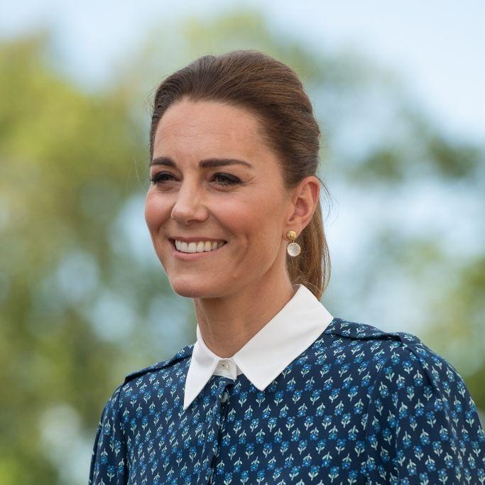 Herzogin Kate empört mit Solo-Auftritt bei Queen-Jubiläum (Foto)