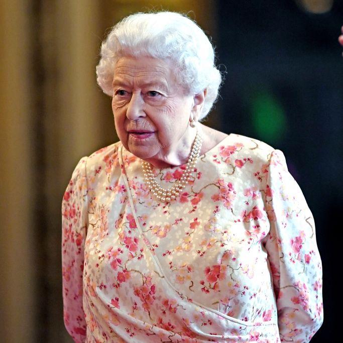 Königin im Krankenhaus behandelt! Wie schlecht geht es ihr wirklich? (Foto)