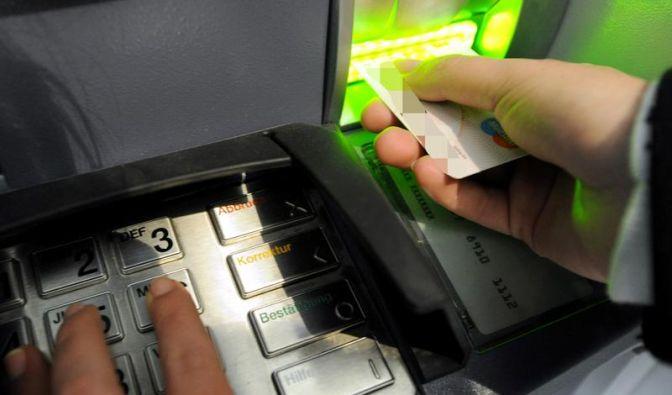 Abbuchung nach Diebstahl: Bank muss nicht stornieren (Foto)