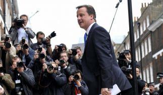 Abhörskandal: Opposition schießt sich auf Cameron ein (Foto)