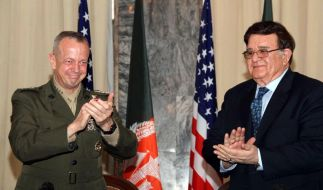 Abkommen: Afghanistan übernimmt die umstrittenen Nachteinsätze (Foto)
