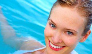 Abtauchen erlaubt - Wasserfestes Make-up für den Sommer (Foto)